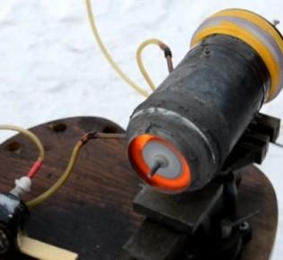Как самому сделать простой электрический двигатель в домашних условиях: схемы и рекомендации