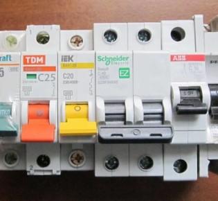 Знакомимся с автоматическими выключателями среднего напряжения бренда «АББ»: обзор моделей