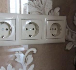 Несколько способов переместить электрическую розетку в квартире: инструкция и видео примеры