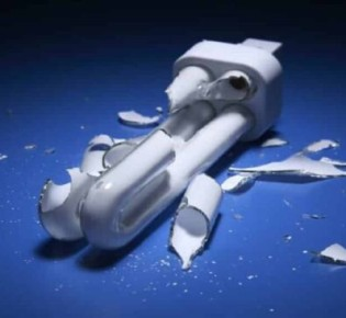 Если энергосберегающая лампа разбилась: техника безопасности, как избежать отравления ртутью