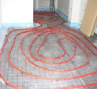 Система теплый пол с электрическим подогревом или водным: сравнение и характеристика