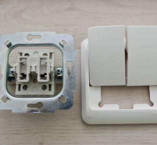 Как самостоятельно сделать проходной выключатель света: схемы сборки, инструкции и рекомендации