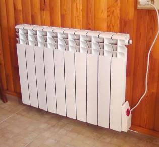 Установка конвектора на стену для автономного обогрева частного дома или квартиры