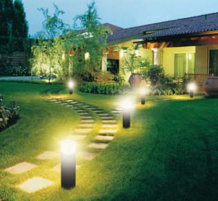 Система освещения для участка: советы по установке и идеи расположения источников света