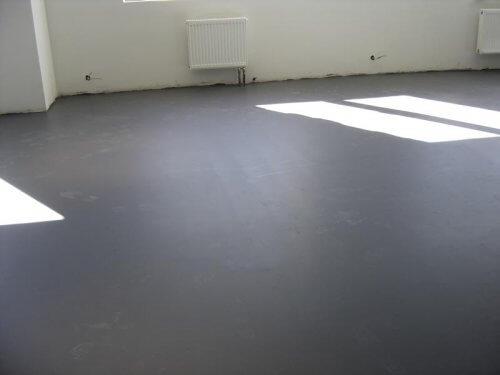 Подготовленная поверхность для теплого пола под плитку