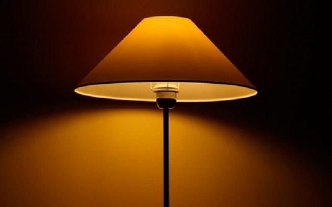 как выбрать жёлтый светильник