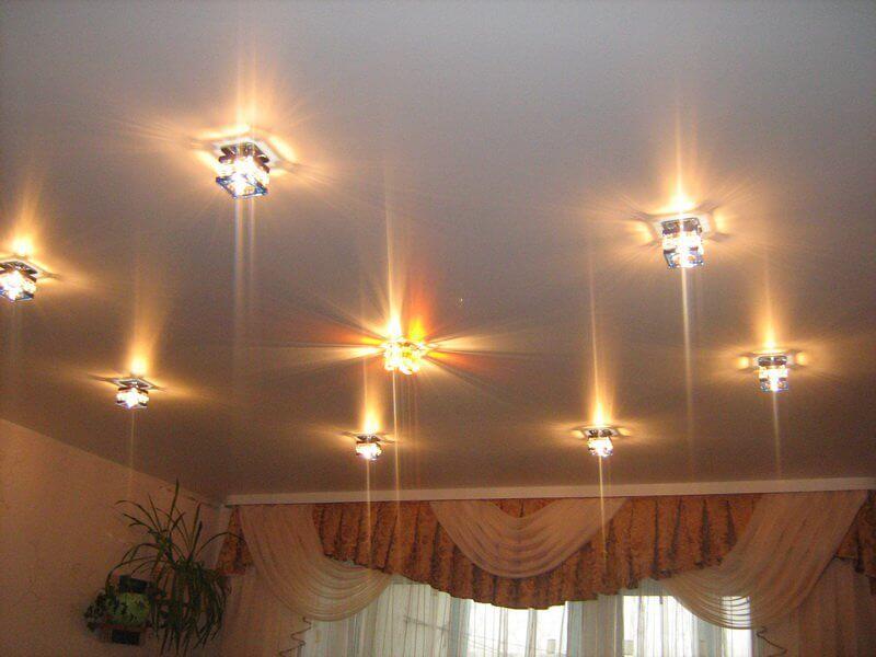 Наружные точечные светильники,варианты потолка, освещение