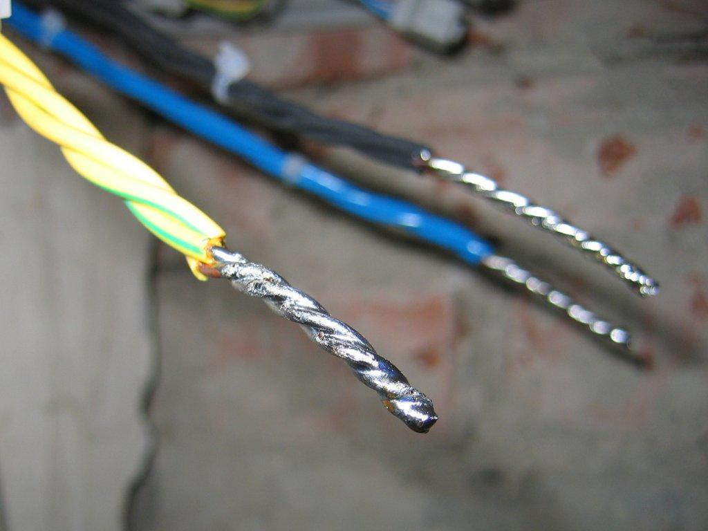 Спайка алюминиевой электропроводки правила фото