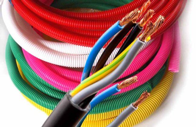 кабель в гофре проводка, материалы для монтажа