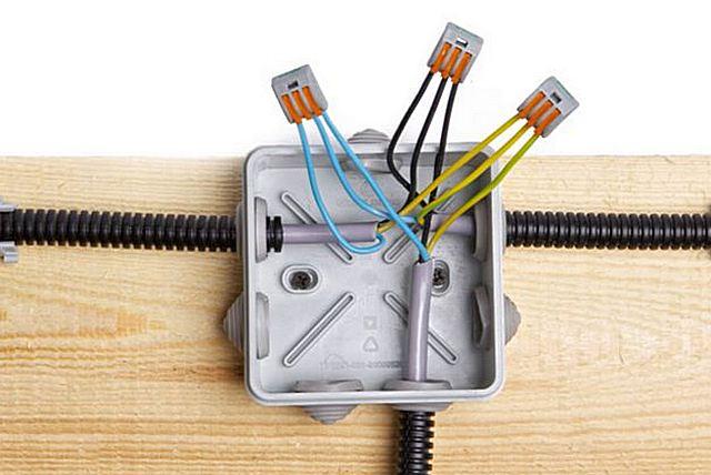 провода, способы определения нуля и фазы