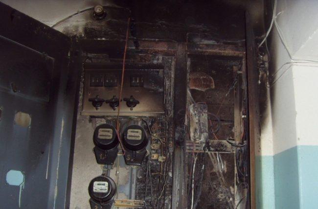 Сгорел электросчетчик, ошибки частые монтажа электрической проводки