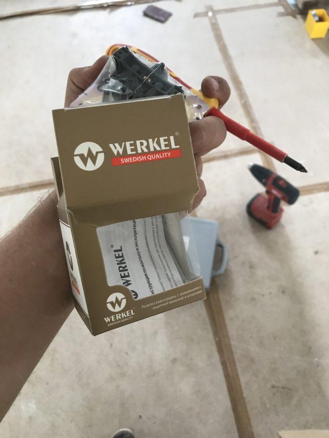Розетки и выключатели шведской фирмы Веркель